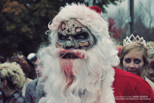 evilwalkingdead:  HAPPY HOLIDAYS FROM EVILWALKINGDEAD
