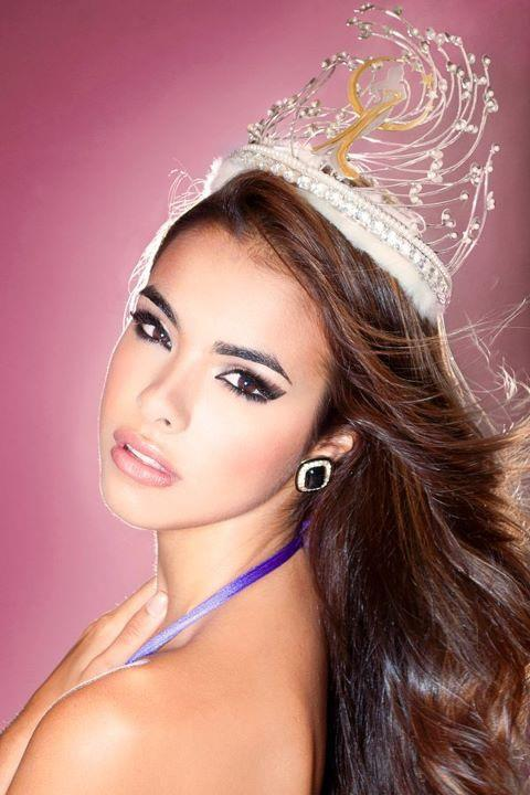#MissPuertoRico  From Puerto Rico to the Universe!   Bodine Koehler Peña Miss Puerto Rico Universe 2012 I love her beauty!