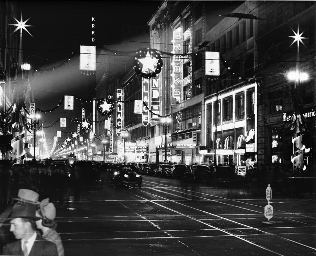 Downtown Los Angeles decorated for the holidays, circa 1940 (via usclibraries)