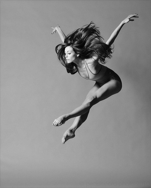 Jump and float. The photographer is Christopher Peddecord, and this photo is part of the New Dance Project (go check it out, there are other really cool photos there). You will also like: slick.