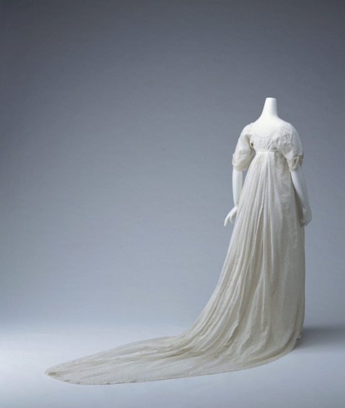 Dress, ca 1805 England, KCI