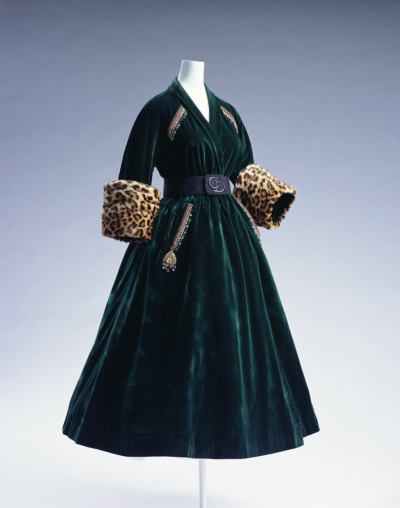 oldrags:  Coat dress by Dior, 1947 Paris, KCI