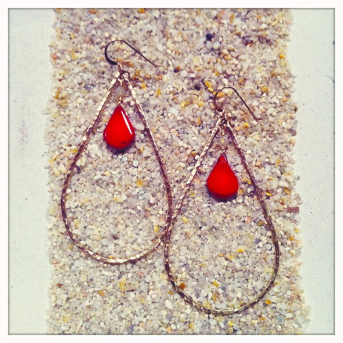 14K Gold Filled Hammered Teardrop Earrings with Red Coral Teardrop beads and Sand Opal colored Swarovski Crystals… Get in the Holiday Spirit! Details at http://shellchic.blogspot.com