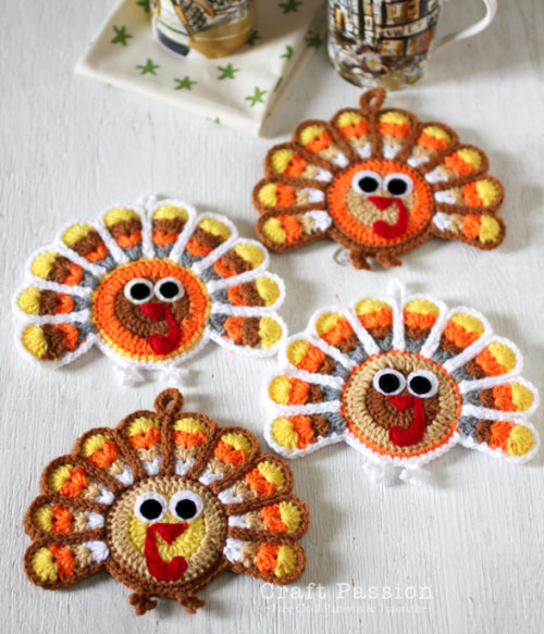 Crocheted turkey coasters to help you celebrate Turkey Day!! Happy Thanksgiving!