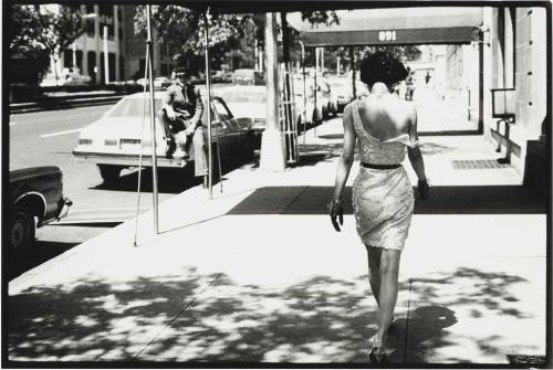Arthur Elgort. Wendy Whitelaw on Park Avenue, New York, 1981