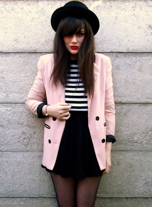what-do-i-wear:  Hat: c/o Rokit, Blazer: c/o Romwe, Top: Stole from my Mum, Skirt: AmericanAparrel (image: struttlamode)