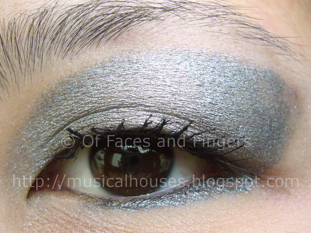 Sleek Molten Metal in Steel/Ash. Used to do an eye look. (Click for more).
