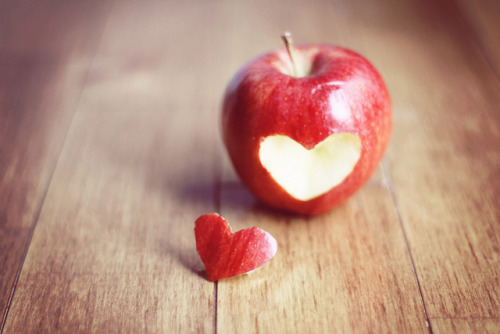 Cute Idea! #heart #apple