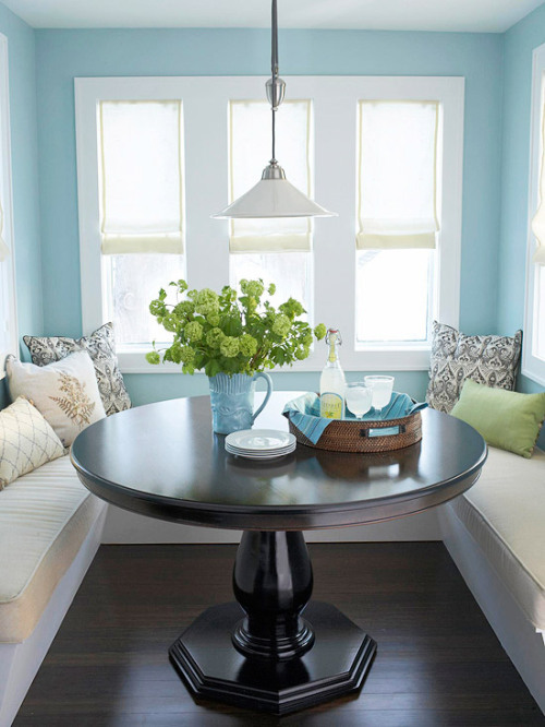 Lovely lemonade in the sunshiney coziness that is this breakfast nook.