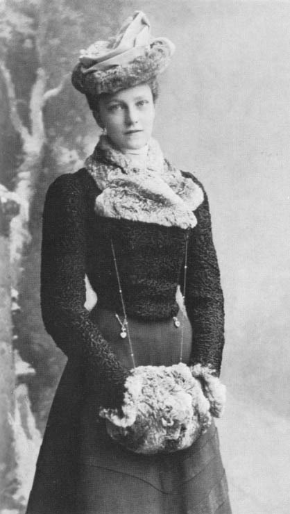 "Archduchess Elisabeth Marie of Austria-Hungary (""Erzsi""), daughter of Crown Prince Rudolf of Austria. Also called ""The Red Archduchess"" due to the fact that she was part of the Austrian Social Democratic Party, (~1901)."