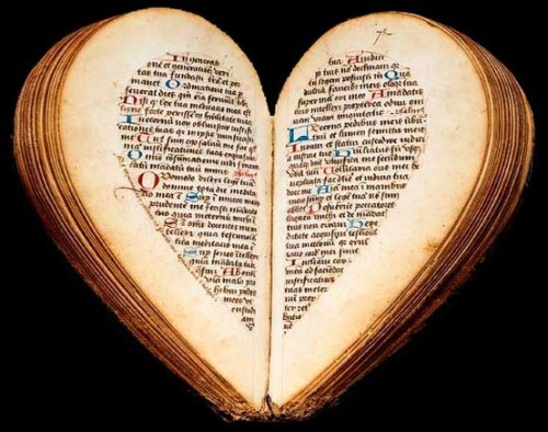 ornamentedbeing:   15th Century BOOK OF HOURS - Heart-Shaped When Opened The little book of hours of Amiens Nicolas Blairie,  15th Century BOOK OF HOURS - Heart-Shaped When Opened  The little book of hours of Amiens Nicolas Blairie, carefully written on a thin Ruling rose, but modestly decorated with some original illuminations in ink (folio 29), has the curious shape of an almond when it is closed. When it opens, the two halves of the almond bloom to fit the contours of a heart, concrete evocation of the heart of the person praying the prayer that opens.carefully written on a thin Ruling rose, but modestly decorated with some original illuminations in ink (folio 29), has the curious shape of an almond when it is closed. When it opens, the two halves of the almond bloom to fit the contours of a heart, concrete evocation of the heart of the person praying the prayer that opens.