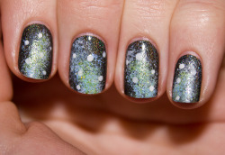 nailitblog:  space nails!