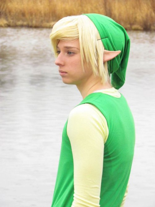Link - Legend of Zelda Wind Waker Outfit and wig style and made by me. :)
