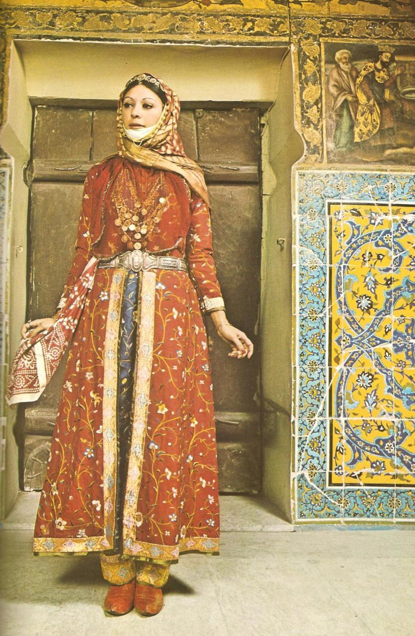 An Armenian woman in Julfa.from The Costumes of Armenian Women by Gregory Lima(Tehran, 1974).
