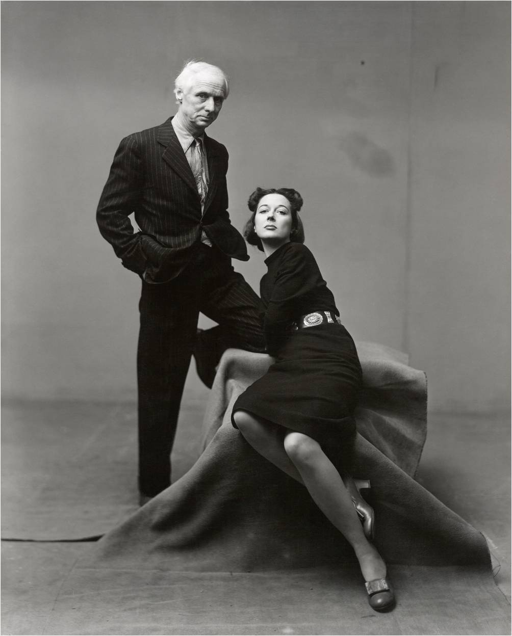hottiesofarthistory:  chapmanmogridge:  Max Ernst and Dorothea Tanning, New York 1947 Photograph by Irving Penn  Wow. Dorothea is particularly fabulous right here.