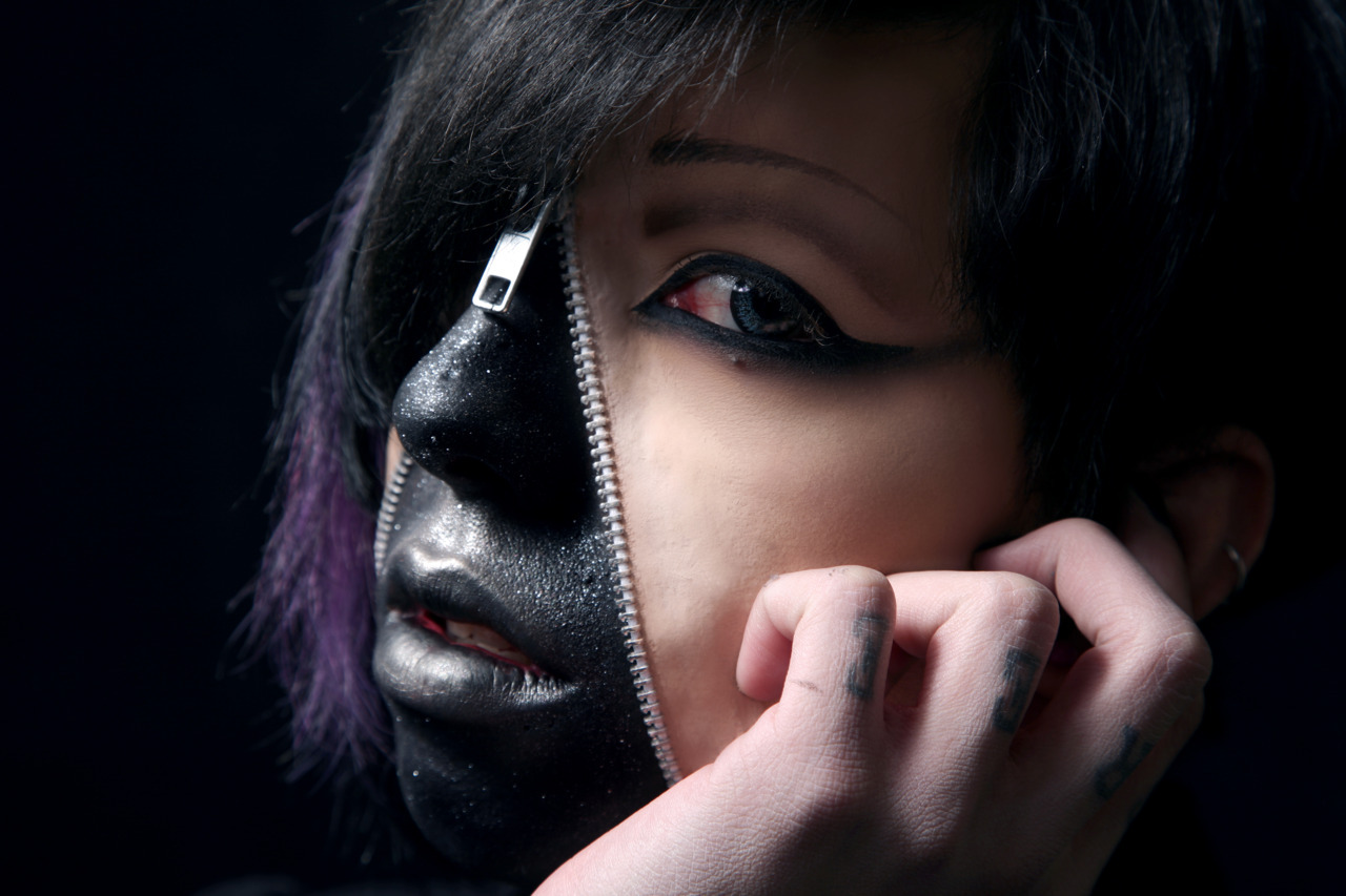 Makeup, prosthetic and Model: Alejandro Ayon Photography: Bianca Iasenzaniro Stardust <3