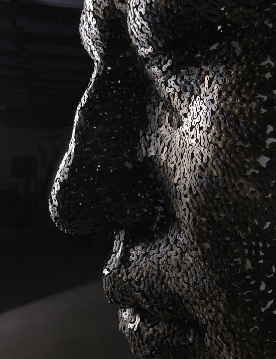Seo Young Deok - Sculptures made of bike chains