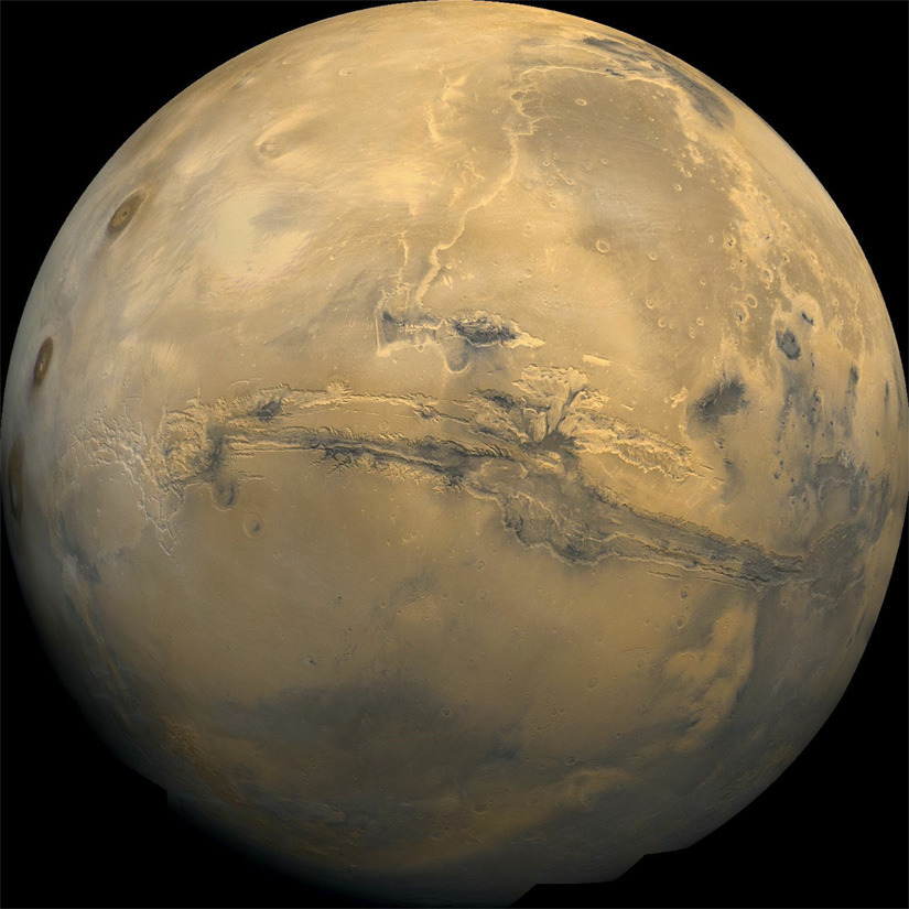 It seems like the viability-of-life-on-Mars story resurfaces every few years with renewed enthusiasm. And how can it not be stimulating to think about foreign biological possibilities existing in other pockets of the universe? From Discovery News:  Life Possible On 'Large Regions' of Mars With higher pressures and warmer temperatures beneath the Martian surface, Earth-like microorganisms could thrive. read more  ~reblogged by Trent Gilliss, senior editor