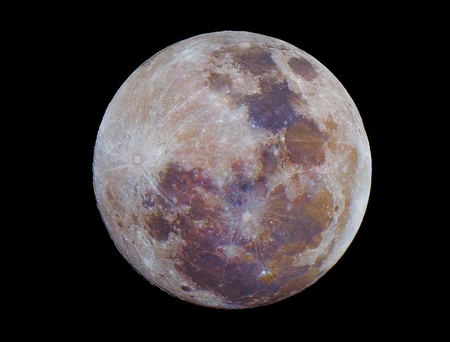 Full Moon December 10th 2011 by lrargerich on Flickr.