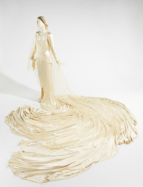 Wedding ensemble by Callot Soeurs, 1930 France, the Met Museum