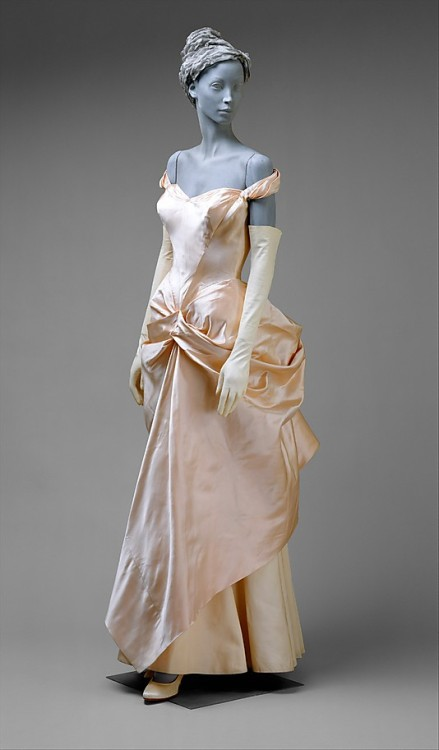Wedding dress by Charles James, 1948-49 US, the Met Museum