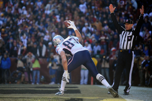 rjt7:  Gronkowski sets the TD single season record for a TE  lets see who can do the best Gronkowski spike?