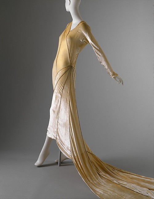 Wedding ensemble by Madeleine Vionnet, 1929 France, the Met Museum