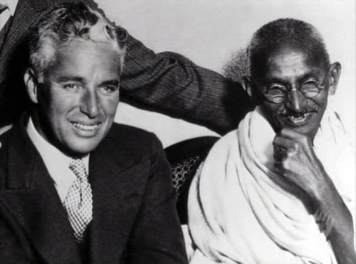 Charlie Chaplin meets Mahatma Gandhi in London, 1931