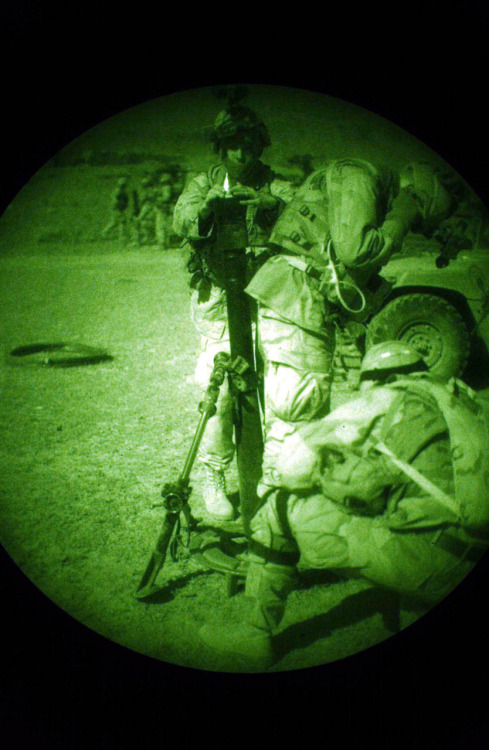 fuckyeahusarmy:  U.S. Army mortar firing at nighttime in Afghanistan in 2004.