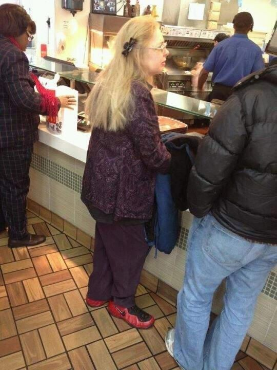 I just want to know how a woman of this quality comes to own a pair of foams.