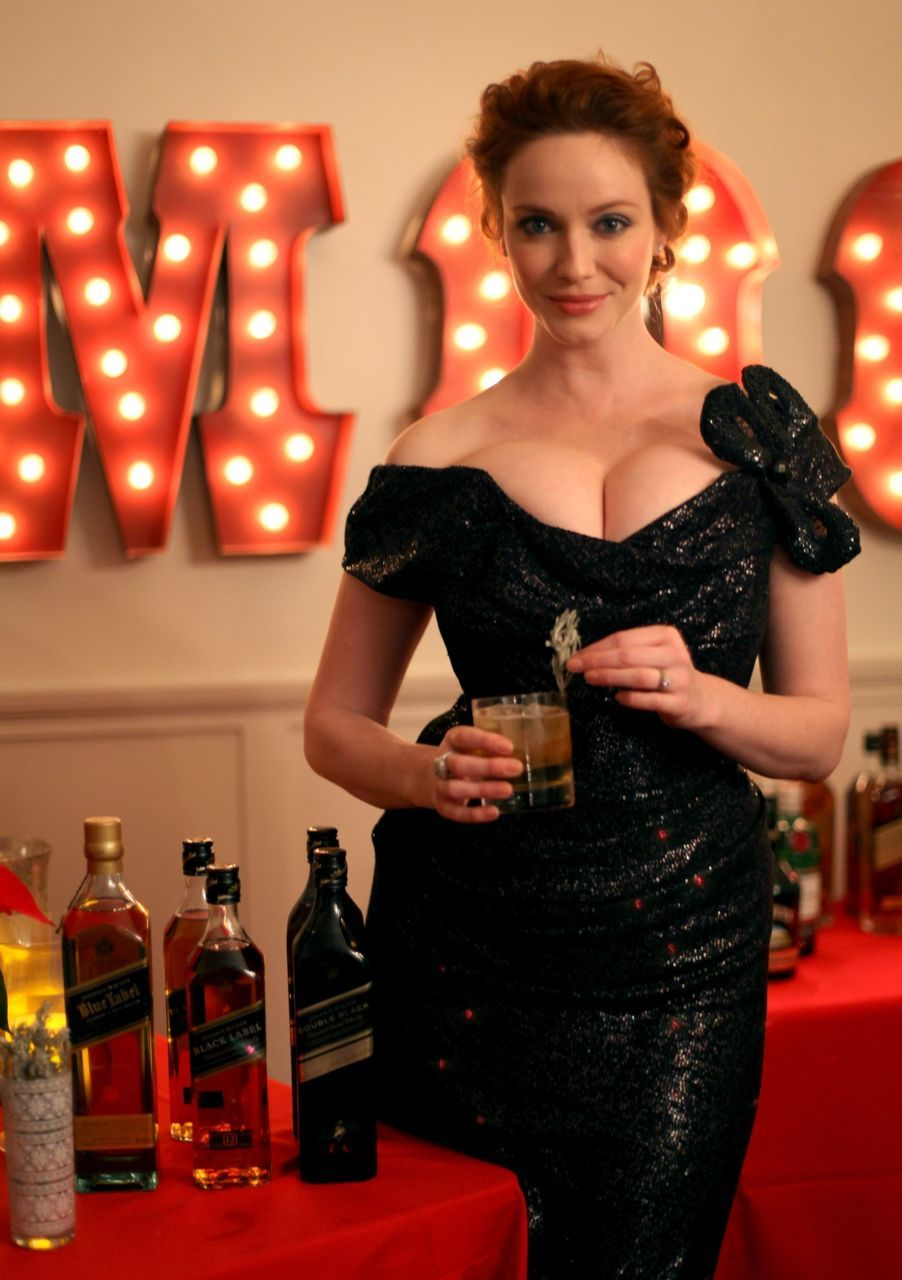 hollystair:  black dress, black label.
