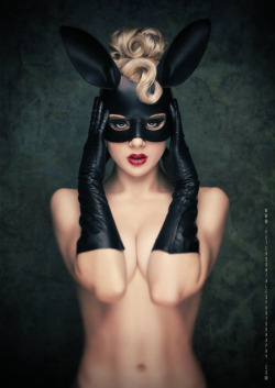 theidiotshavewonthewar:  wasbella102:  Black Bunny by miss-moshshaders: