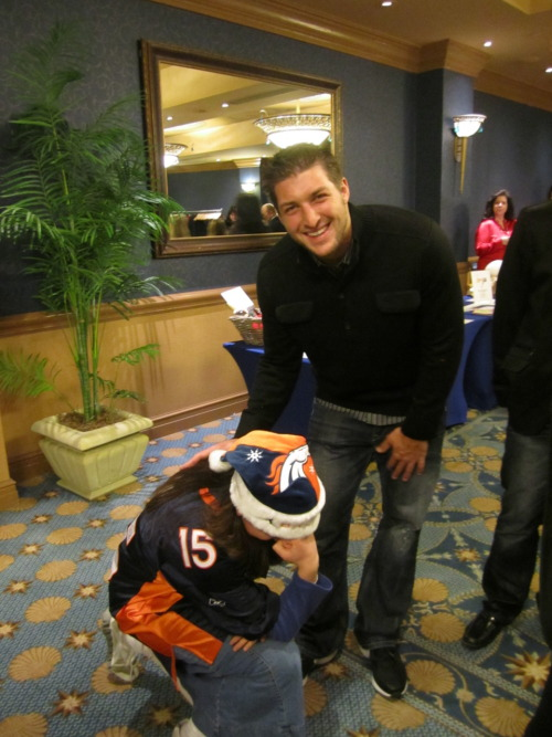 """Tebowing with Tebow!!!!! <3 <3 <3"""