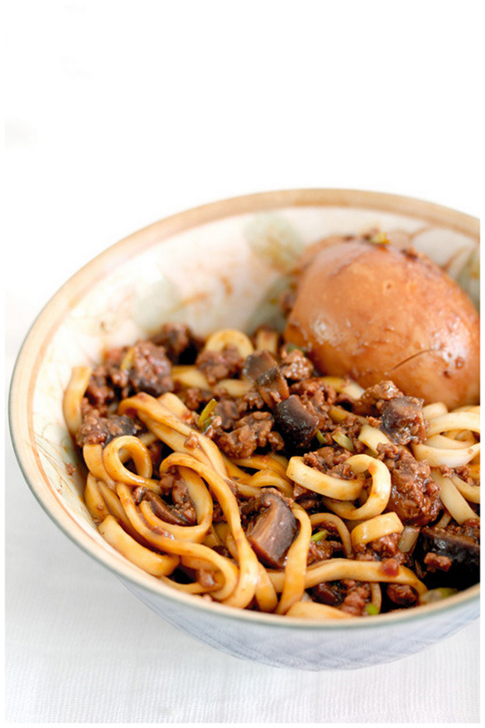 yummaystuff minced beef and spaghetti.