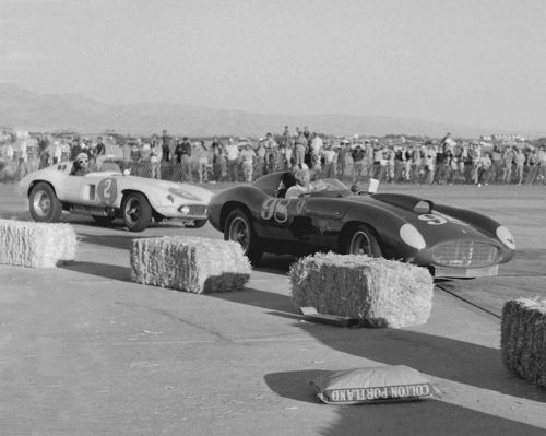 Carroll Shelby (Ferrari 410S) & Phil Hill (Ferrari 857S) at Palm Springs 1956