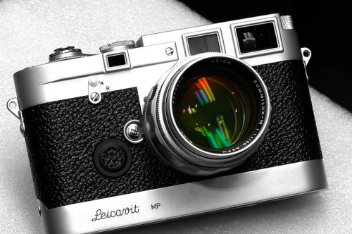 leicagraph:Leica MP 3 LHSA Special Edition (Chrome Finish) by Pat Thanawin on Flickr.