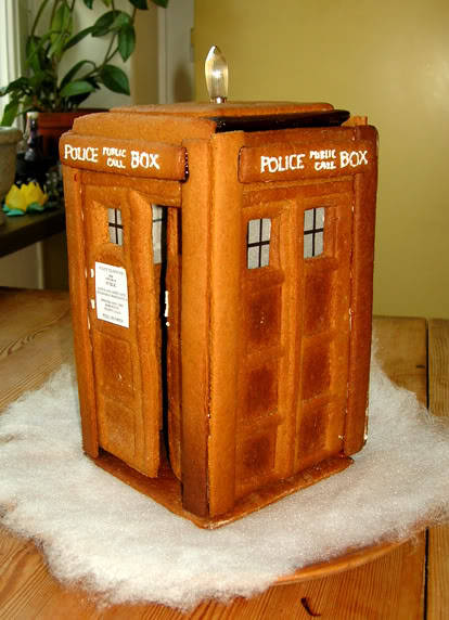 Make a Gingerbread TARDIS — #DoctorWho See the making of a gingerbread TARDIS. (via 500year_diary: Gingerbread TARDIS)