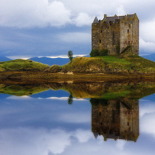 Island Castle, Loch Laich, Scotland photo by bluestardrop