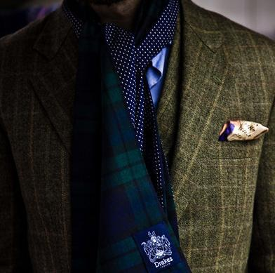 mypantalones:  A perfect example of a green and blue color combination, featuring that grailish blackwatch/polka dot scarf by Drake's.