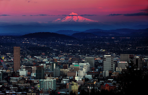 headoutwest:  Portland and Mount Hood, Oregon.  Missing this city today.