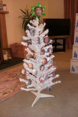 danceswithelves:  The White Christmas Tree Of Gondor. Obviously.  I AM NERDGASMING SO HARD RIGHT NOW