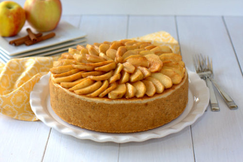 Apple Spiced Cheesecake