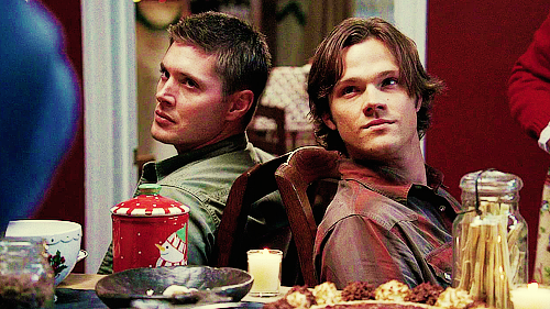 a-smithmas:  samfordean:  #BEHOLD #THE DOUBLE BITCHFACE  #WE WILL KILL YOU #WITH TINSEL #HO FUCKING HO