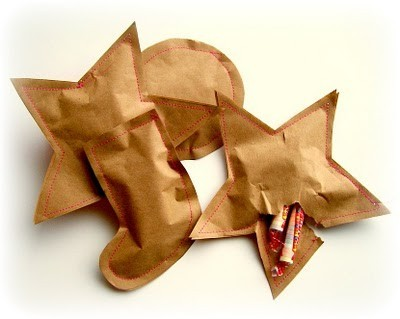 makesomethingmarvelous:  Sewn paper pouch for candy or small presents.  Crafty crafty.