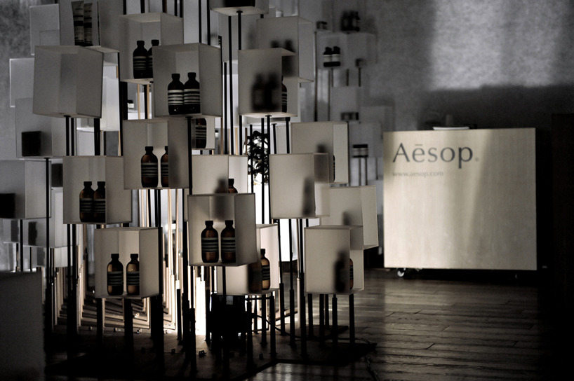 penguingoodybag:  cheungvogl architects | installation aesop at i.t. hysan one, hongkong other