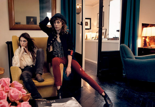suicideblonde:  Charlotte Gainsbourg and Lou Doillon photographed by Annie Leibovitz for Vogue in March 2009