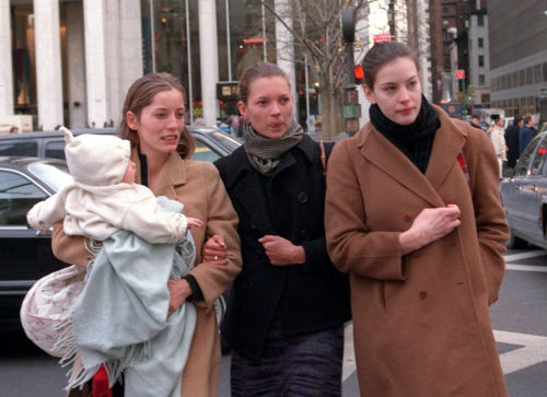sevendaysofkate:  Kate with Liv Tyler and friend in New York City.