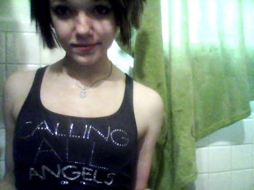 calling all angels c: Submitted by: http://lyssachu.tumblr.com/