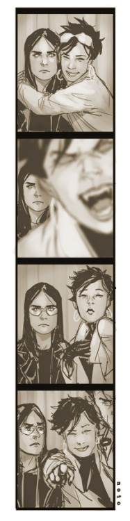 Laura and Jubilee in the photobooth at Ace NYC, by Phil Noto.