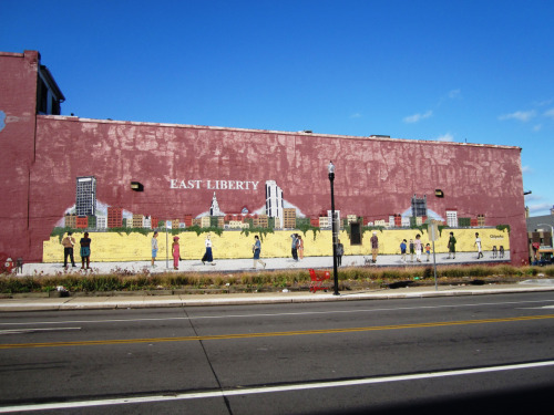 This mural in East Liberty is right across from the semi-new (and huge) Target which is so big and fancy it has a set of escalators just for shopping carts!